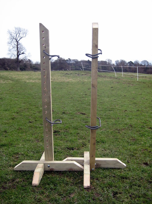Pair 4ft Tanalised Training Wings with 4 Jump Cups